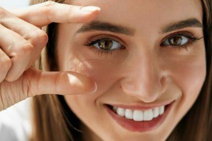 Haartransplantation von Augenbrauen