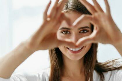 Augenbrauentransplantation